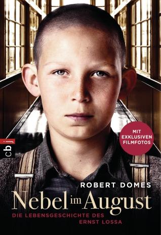 Nebel im August - Filmbuch von Robert Domes